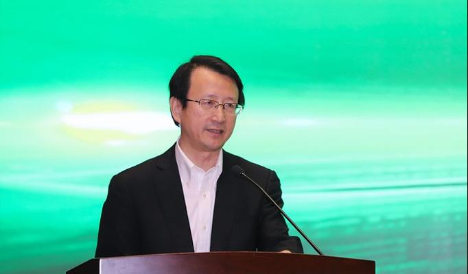 浙江大学校长吴朝晖院士出席会议并讲话